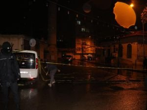 Kilis'te camiye roketli saldırı: 15 yaralı