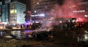 Ankara'daki şiddetli patlama kamerada