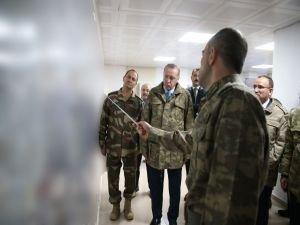 Cumhurbaşkanı Erdoğan Suriye sınırında!