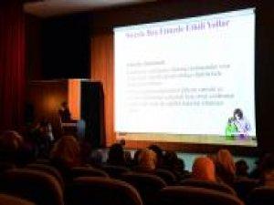 İpekyolu Belediyesi stresle ilgili seminer verdi