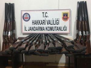 Hakkari'de 50 av tüfeği ele geçirildi