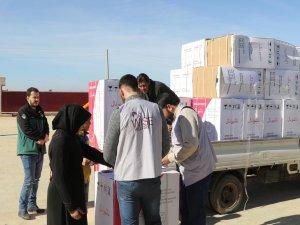 Suriye'de yetim ailelere çamaşır makinesi dağıtıldı