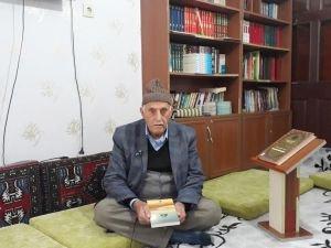 81 yaşında Siyer Sınavına kayıt yaptırdı