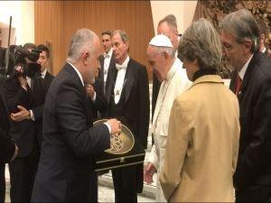 Kızılay Başkanı Kerem Kınık'tan Papa'ya ziyaret