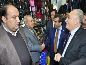 Bakan Fakıbaba Sur esnafını ziyaret etti