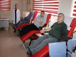 """Kotan: """"Kan veren kişi 3 kişinin hayatını kurtarabiliyor"""""""