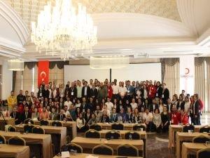 Kızılay'dan 150 gence liderlik eğitimi