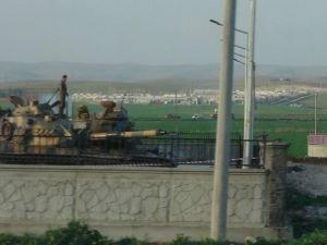 Tanklar İpekyolu'nda