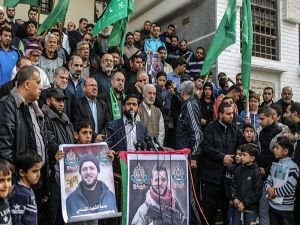 Gazze'de 'ABD'ye öfke, Cerrar'a vefa' gösterisi