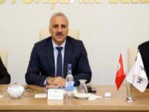 OSB heyeti Vali Zorluoğlu başkanlığında toplandı