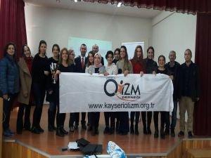 Tohum Otizm Vakfı Kayseri'de otizm konusunda eğitimler verdi!