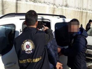 Gaziantep'te silah kaçakçılarına operasyon