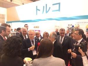 Türk gıda ihracatçıları 42 firma ile Foodex'e büyük ilgi gösterdi