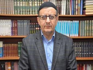 """Şimşek: """"Âlimlerin şahsında İslam'ın itibarsızlaştırılmasına izin verilmemeli"""""""