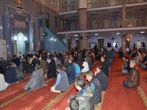 Diyarbakır'da Regaib Kandili ihya edildi