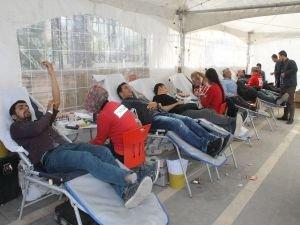 """Kızılay: """"Her kan bağışı 3 hayat kurtarır"""""""
