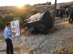 Askeri araç devrildi: 9 asker yaralı