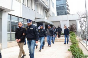 HDP/DBP'li yöneticilere gözaltı şoku