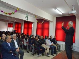 """Yıldız: """"Selahaddin Eyyubi Kudüs'e iman meselesi olarak baktı"""""""