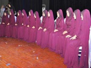 12 Hafize düzenlenen törenle taç giydi
