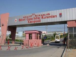 Özgür Der'den cezaevi yönetimlerinin keyfi uygulamalarına tepki
