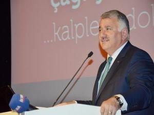 """DÜ'de """"Türkiye'nin Sivil Havacılık Serüveni"""" konferansı"""