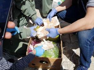Karpuzların içerisine gizlenmiş 65 kilo eroin ele geçirildi