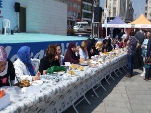 "Zeytinburnu'na ""Anne Oteli"" Kuruluyor"