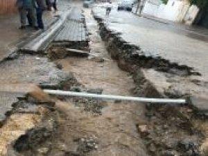 Çınar'da aşırı yağışlar hayatı olumsuz etkiledi