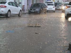 Şırnak'ta sağanak yağmur etkili oldu