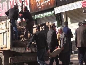 'Barikatlar İŞKUR çalışanlarına kaldırtılıyor' iddiası