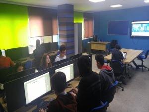 Octopod lise ve üniversitelerde  Gençleri geleceğe hazırlıyor