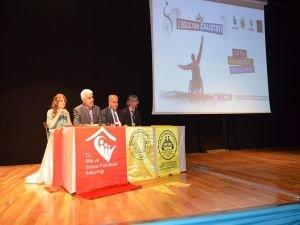"""Diyarbakır'da """"Engelsiz Yaşam Çalıştayı"""" düzenlendi"""