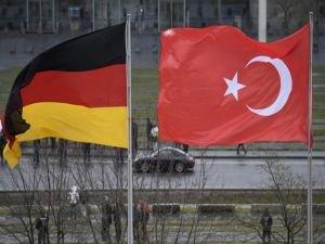 """""""Merkel Erdoğan'ı davet etti"""" haberlerine yalanlama"""