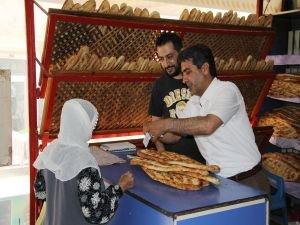 """Ramazan ayında """"Her eve bir ekmek"""" projesi"""