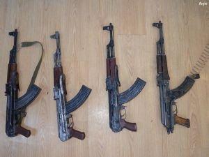 Şırnak İdil'de çok sayıda silah ele geçirildi