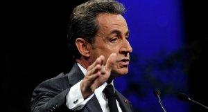 Yeniden aday olan Sarkozy'ye mahkeme yolu göründü