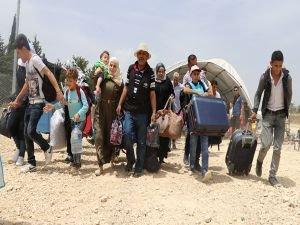 Bayram için ülkelerine giden Suriyelilerin geçişleri devam ediyor