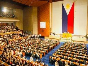 Filipinler'de Müslüman direnişçilerle varılan anlaşma onaylandı