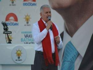 Başbakan Yıldırım: HDP Kandil'in PKK'nın emrindedir