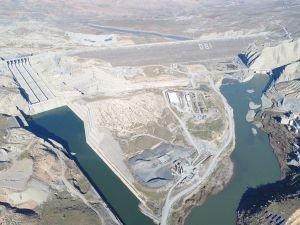 Ilısu Barajı'nda su tutma işlemlerine başlandı