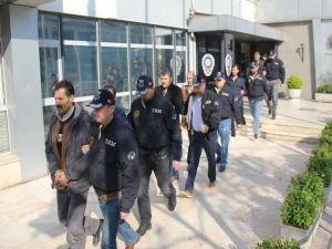 HDP'li yöneticiler adliyeye sevk edildi