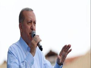 Erdoğan'dan İnce'ye:  Demirtaş'a mı takacaksın o apoletleri?