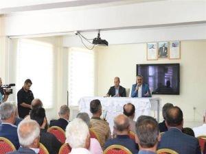"""Vali Deniz: """"Bölge insanı PKK'nın baskısı nedeniyle büyük sıkıntılar yaşadı"""""""