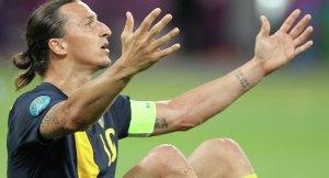 Yıldız futbolcu Ibrahimovic, Türkiye maçında oynamayacak
