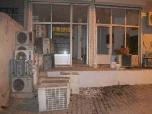 Beyaz eşya tamir dükkânında yangın