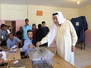 Mardin'de oy verme işlemi renkli görüntülerle başladı