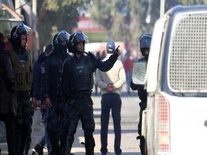 Tunus'ta güvenlik güçlerine saldırı: 9 ölü