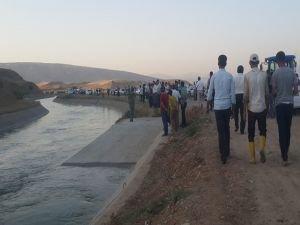 Sulama kanalına giren 2 kardeş kayboldu