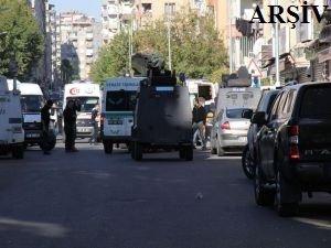 Van'da çatışma: 2 PKK'lı öldürüldü 3 polis yaralı